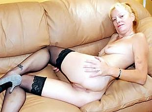 4 clips! Sweet MILF Pussy!