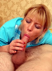10 incest picts! Hung youngster plows his mature blonde mommy`s snatch from behind!