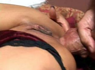 4 clips! Mature slut beauty gets pounded hard in bed