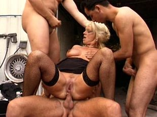 3 clips! Construction guys fuck matures