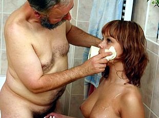 Teen spreads her seductive spare hips for daddy  see the pics here!